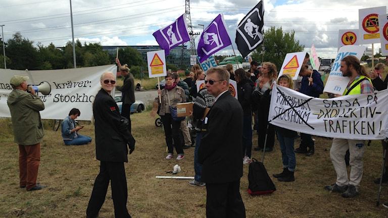 Demonstrationer vid byggstarten av förbifart Stockholm. Foto: Björn Lindberg / Sveriges Radio
