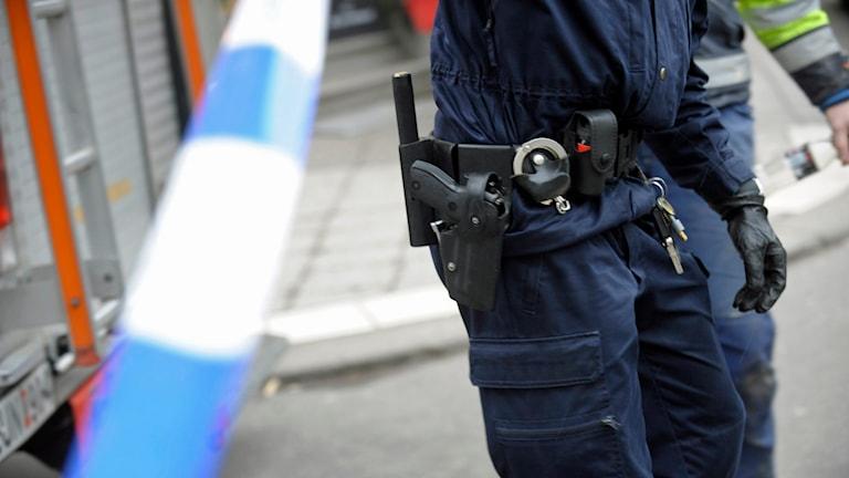 Polis vid avspärrningsband. Foto: Fredrik Sandberg /TT.