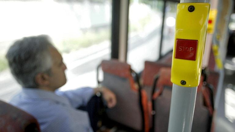 Stoppknappen på en buss i Stockholm. Foto: Mats Andersson /TT.