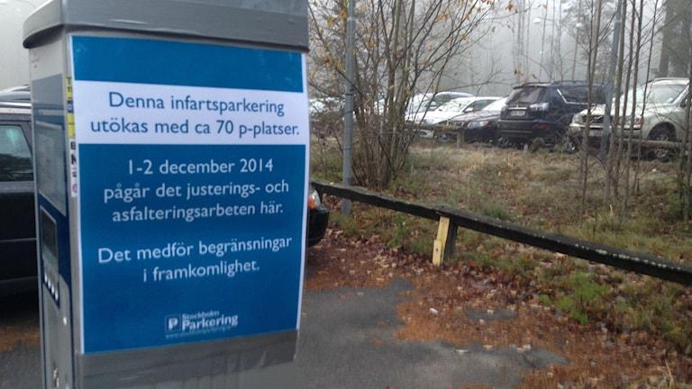 Pendlarparkering i Tyresö. Foto: Max Pröckl/Sveriges Radio