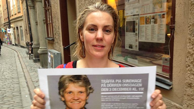 Ikväll ska de kuta med Pia Sundhage. Anna Jarrick är också med på bilden. Foto: Björn Lindberg/ Sveriges Radio