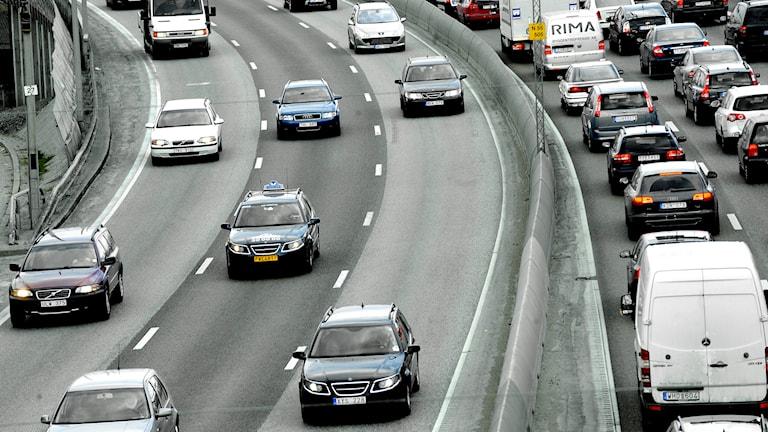 Trafik och bilköer. Foto: Ingvar Karmhed /TT.