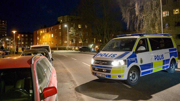 Polisavspärrningar i Högdalen