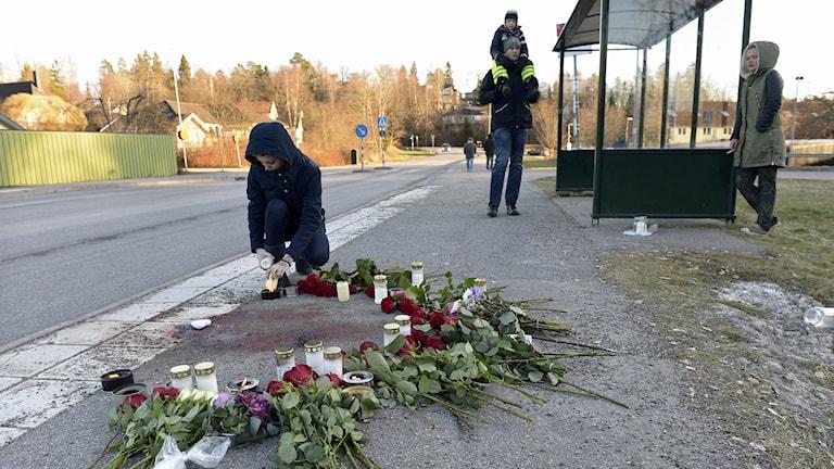 21 åring dödad i knivbråk i Tullinge