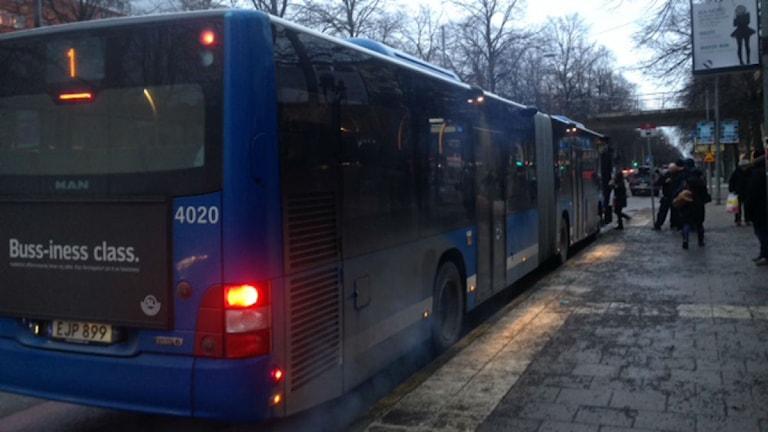 I höst väntas buss ett komma fram snabbare. Foto: Johanna Sjöqvist/SR
