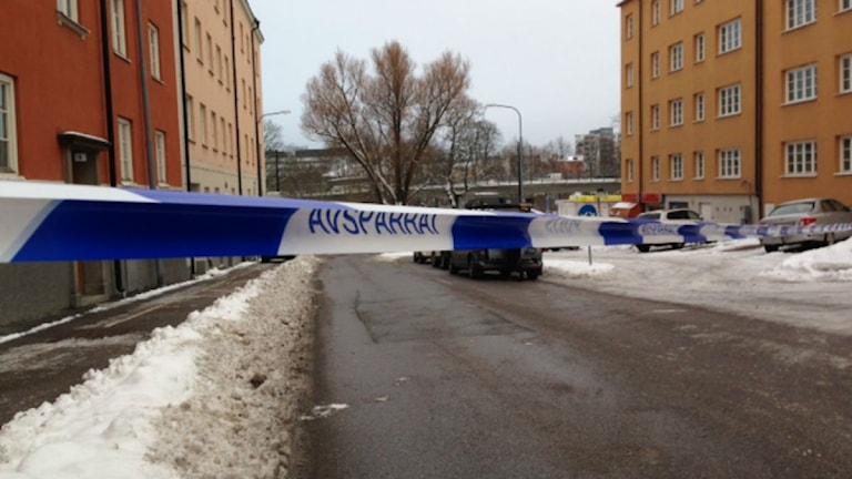 Avspärrningar i Sundbyberg efter skottlossning. Foto: Björn Lindberg/SR