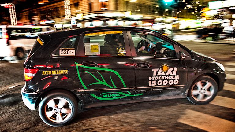 Taxibilar från Taxi Stockholm Foto: Tomas Oneborg /TT.