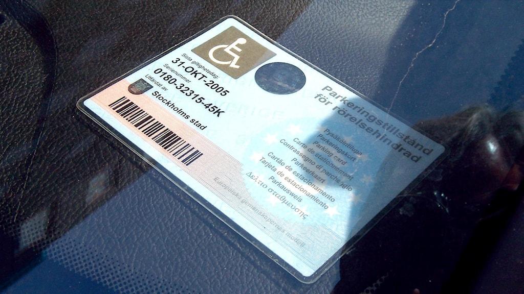 Parkeringsbevis för rörelsehindrad. Foto: Björn Larsson Ask/TT