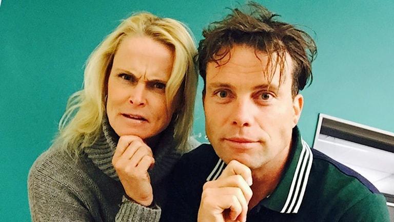 Åsa Danielsson och programledare Henrik Olsson. Foto: Sveriges Radio.