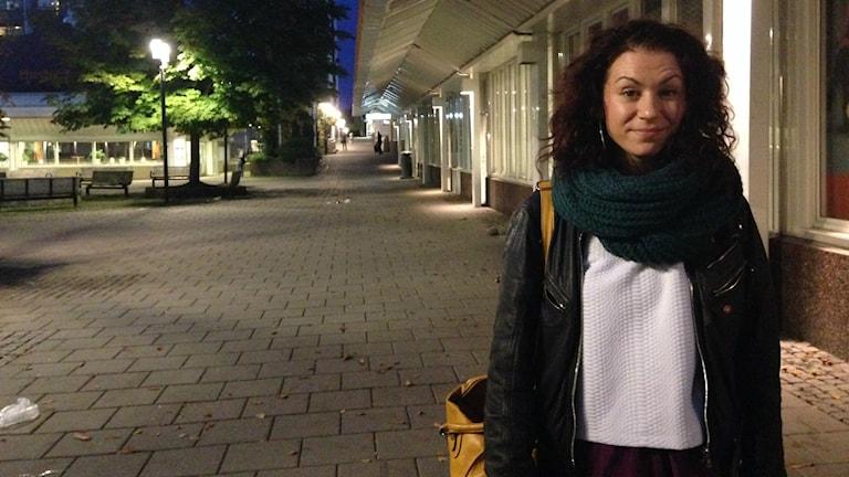 Veronica Stiernborg, initiativtagare till referensgruppen för ett feministiskt centrum i Husby. Foto: Christy Chamy/Sveriges Radio