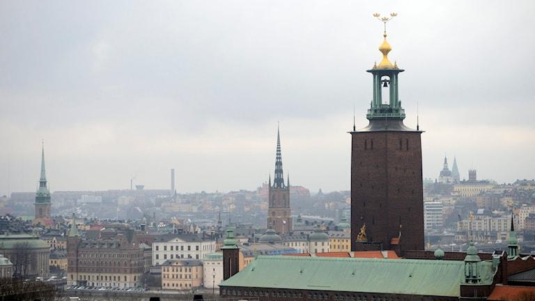 Vy över Stockholm med Stadshuset i förgrunden. Foto: Henrik Montgomery / TT