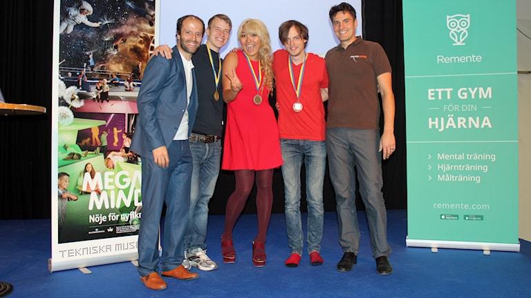 Från vänster: Idriz Zogaj (arrangör), Marwin Wallonius, Yanjaa Altasuh, Jonas von Essen och Michael Gloschewski (medorganisatör)