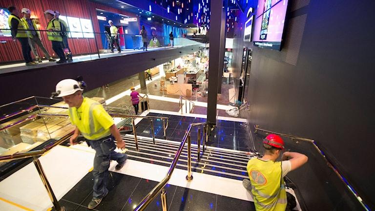 Byggarbete in i det sista av SF-biografen i jättegallerian Mall of Scandinavia i Solna. Foto: Fredrik Sandberg /TT.
