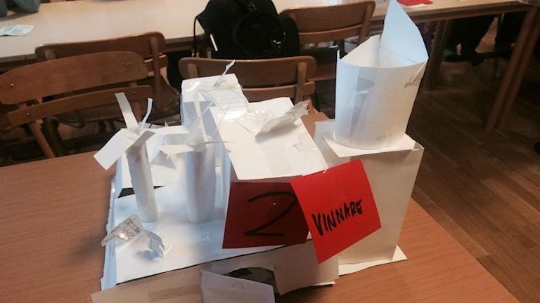 Förskoleklassen Solens modell av pepparkakshuset de nu ska förverkliga. Foto: Anders Hildemar Ohlsson