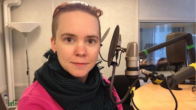 Sara Lövetsam, författare
