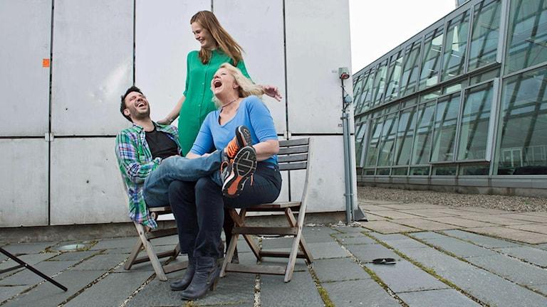 Dejan, Jenny och Mia i P4 Stockholm. Foto: Sveriges Radio.