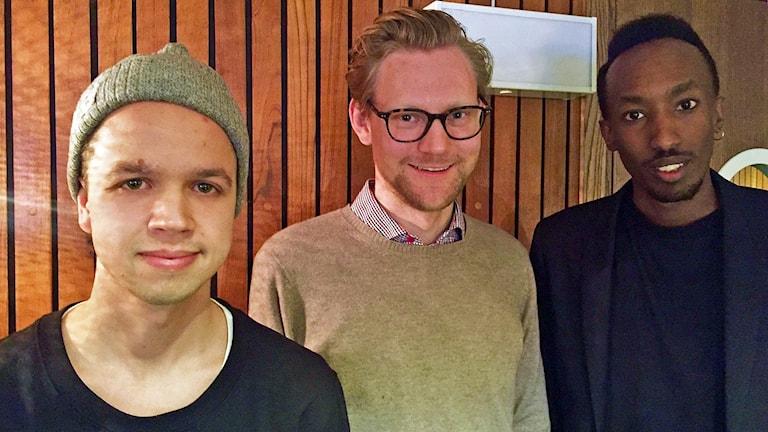Tobias Rosman, Robert Ingermasson och Kevin Carmel i P4 Stockholm. Foto:Sveriges Radio