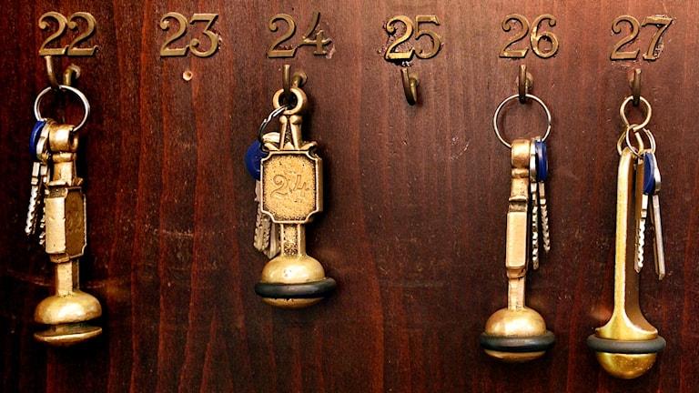 Nycklar i hotellreception (arkivbild).