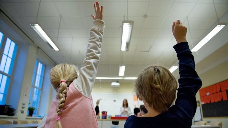 Barn i klassrum