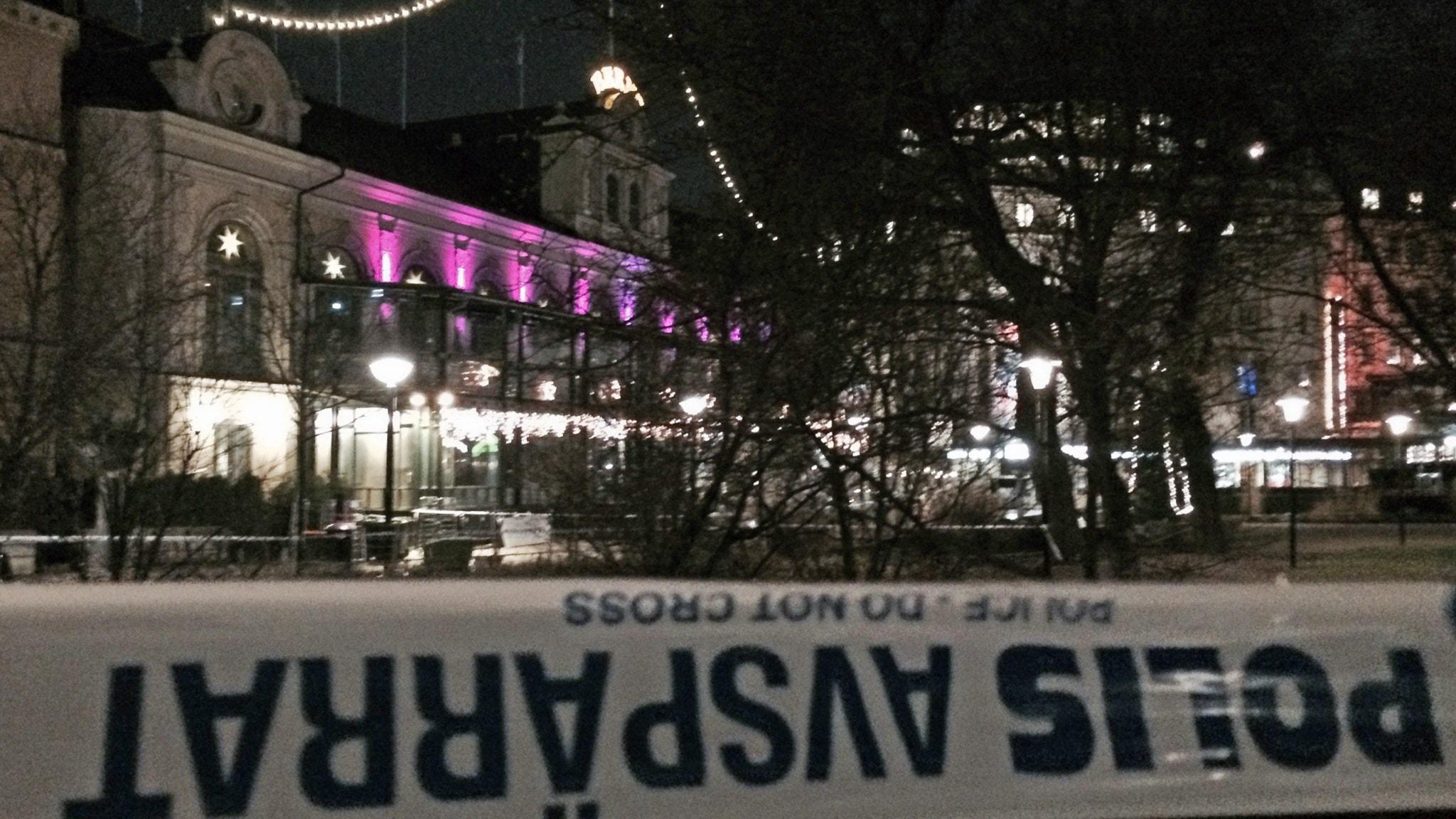 Explosion pa nattklubb i centrala stockholm