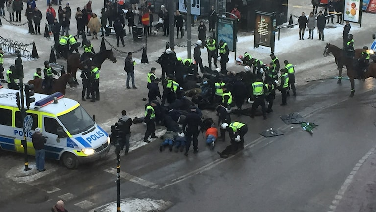 The neo-Nazis taken into custody at Medborgarplatsen, Photo: Patrick Siech