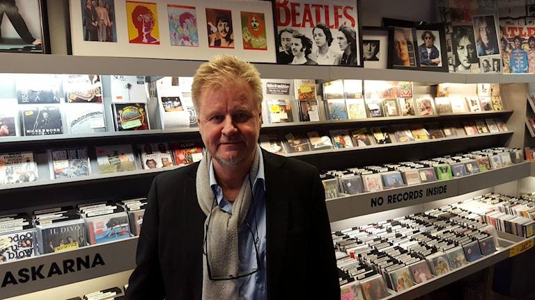 Stefan Grönlund driver Skivfönstret i Nynäshamn