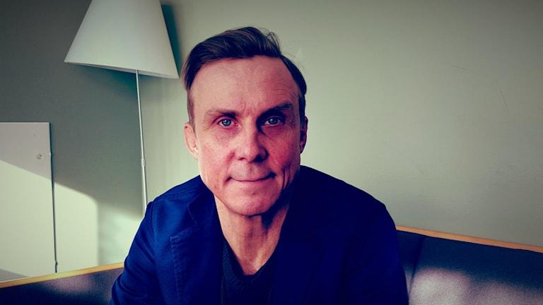 Simon Norrthon är lektor i skådespeleri.