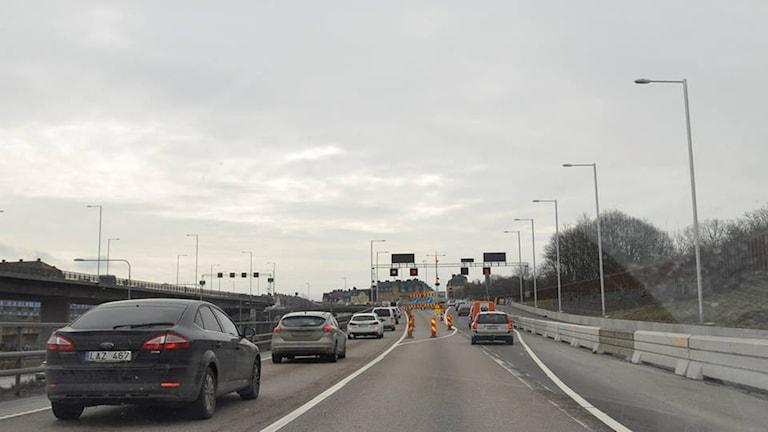 Trafiken på Norra Länken drabbades under morgonen av kraftiga köer.