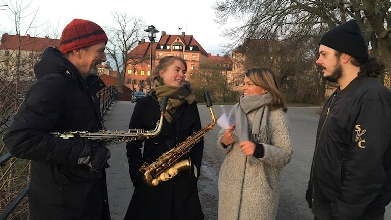 Flera musiker deltog i manifestationen Vi & Hesa Fredrik.