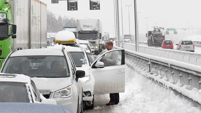 Trafikkaos i snön