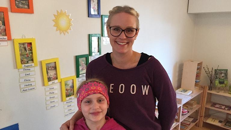 Minna Liljedahl och Mia Ehrson tycker att det är viktigt att uppmärksamma Earth Hour.