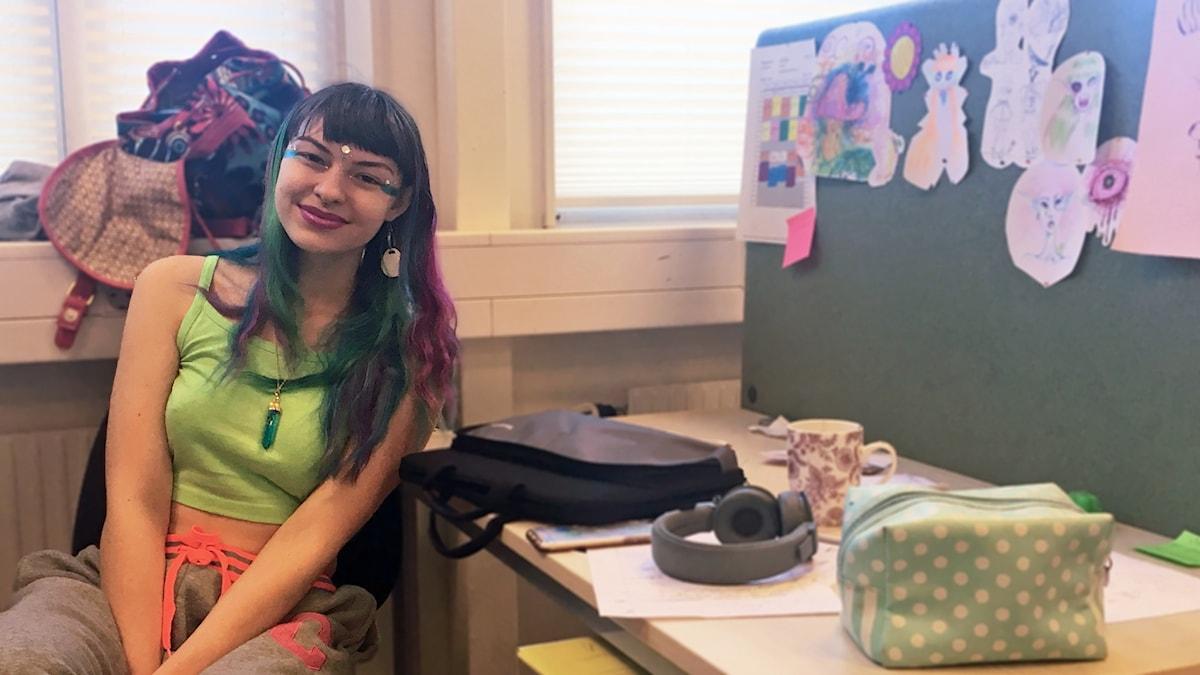 Serena Zalbo Veschetti går en anpassad variant av samhällsprogrammet på Rodengymnasiet i Norrtälje.