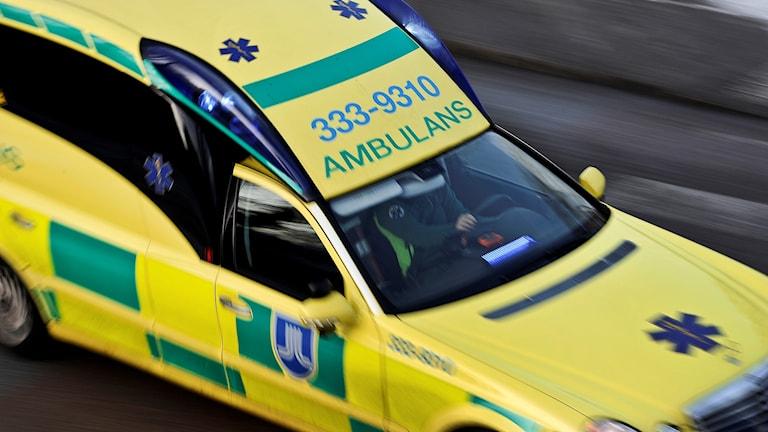 Ambulans under uttryckning
