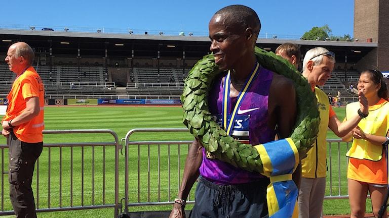 Vinnaren Stanley Kipchirchir Koech vann och slog banrekordet på Stockholm Marathon