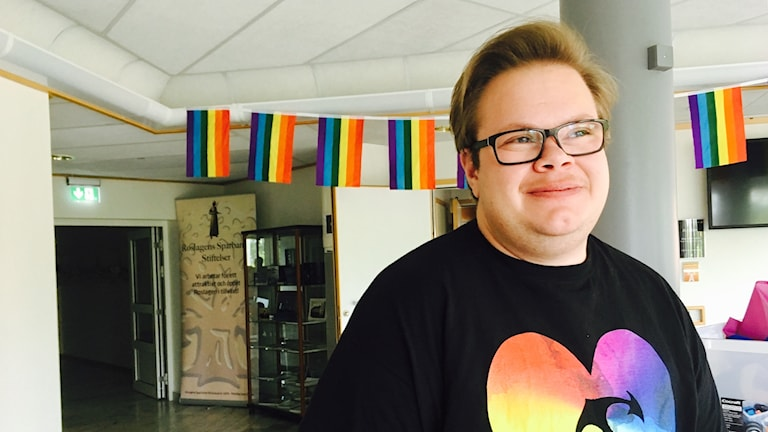 Festivalgeneralen Adrian Forsander ser fram emot Roslagen pride med start i dag, torsdag.