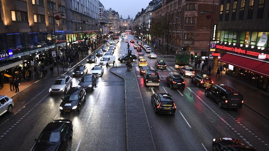 Trafik på Vasagatan.