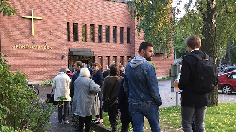 I Gröndal var det lång kö för att rösta i kyrkovalet.