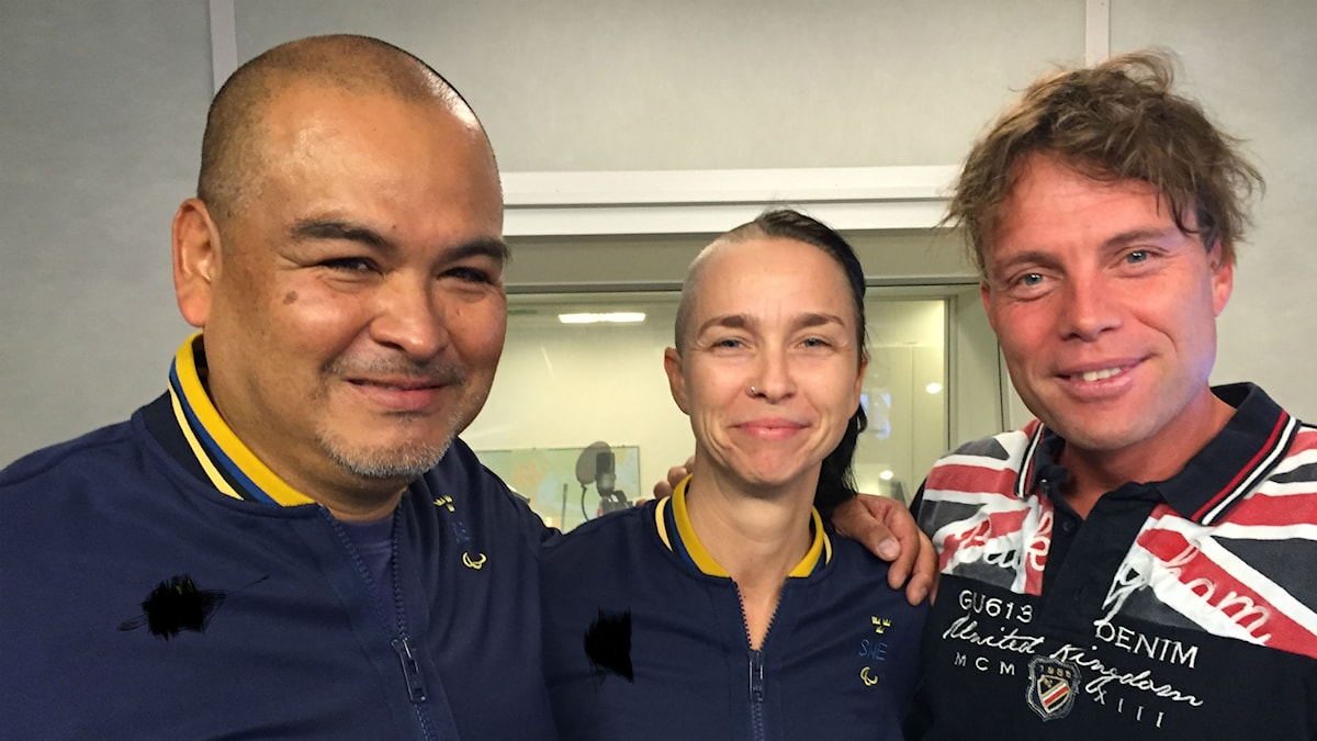 Duon Paula Noel. Roberto Noel och Paula Burenstrand här tillsammans med programledare Henrik Olsson.