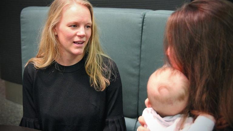 Jenny Holmström och Elsa Lantz från uppropet porrfri barndom