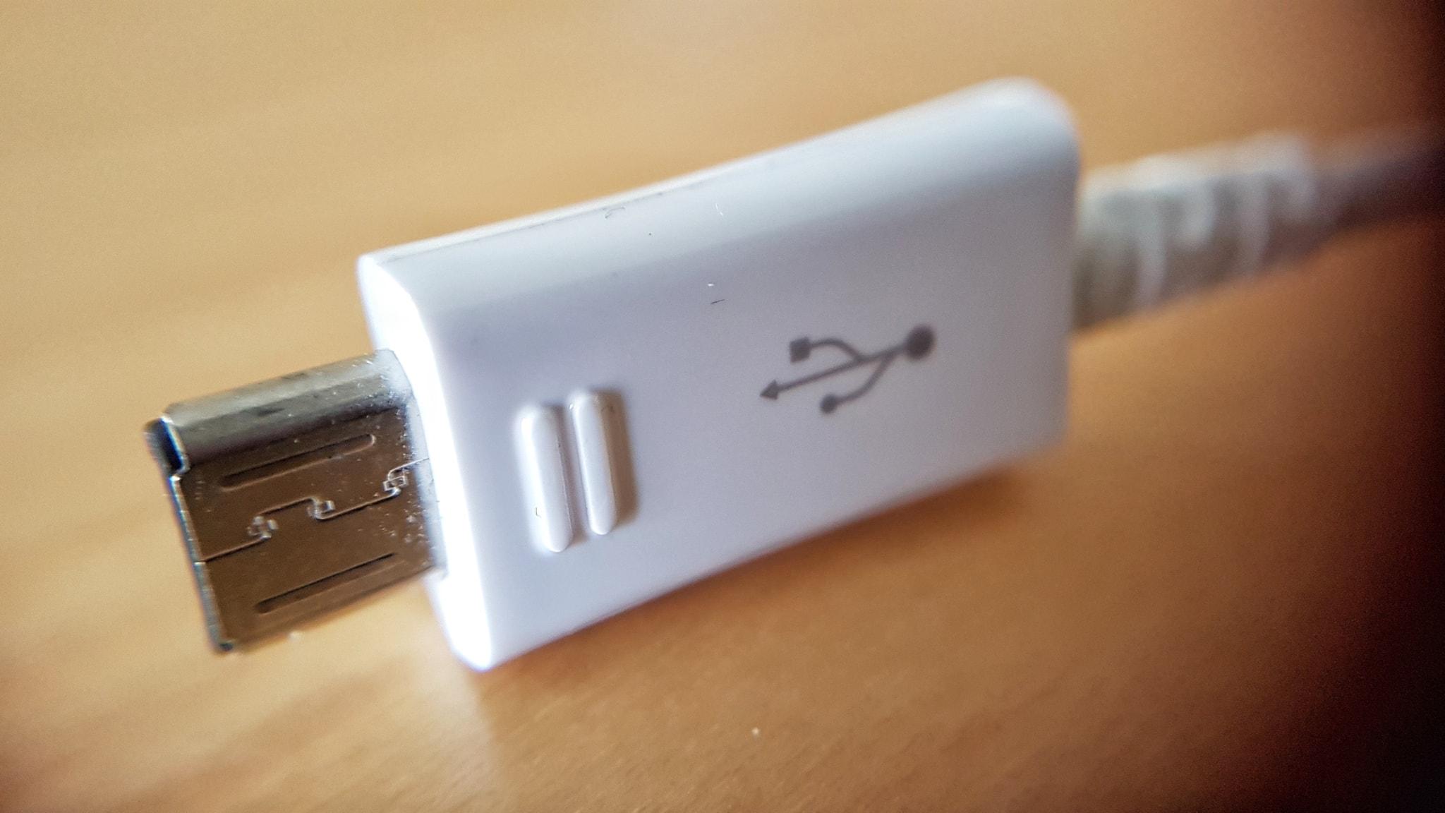Farliga USB laddare återkallas P4 Jämtland | Sveriges Radio