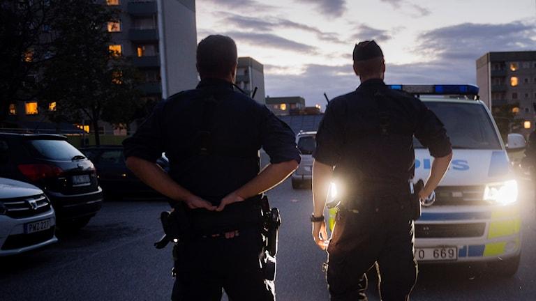Polis i förort