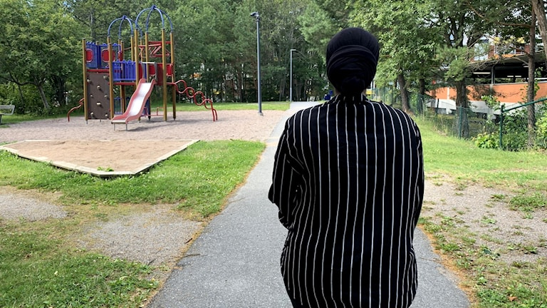 Asha tror att hon hade fått en annorlunda vård om hon varit etnisk svensk.