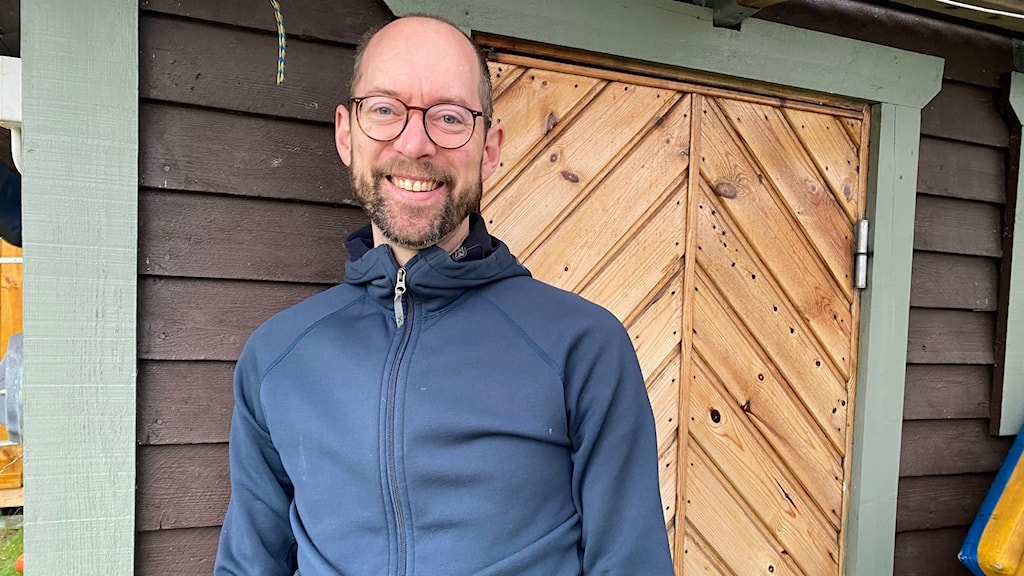 Bagisbon Karl Lindqvist vill utmana synen på vad det innebär att vara man.