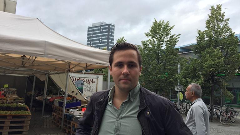 Benjamin Dousa (M), vice ordförande i Rinkeby-Kista