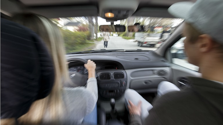 övningskörning, körskola, körkort