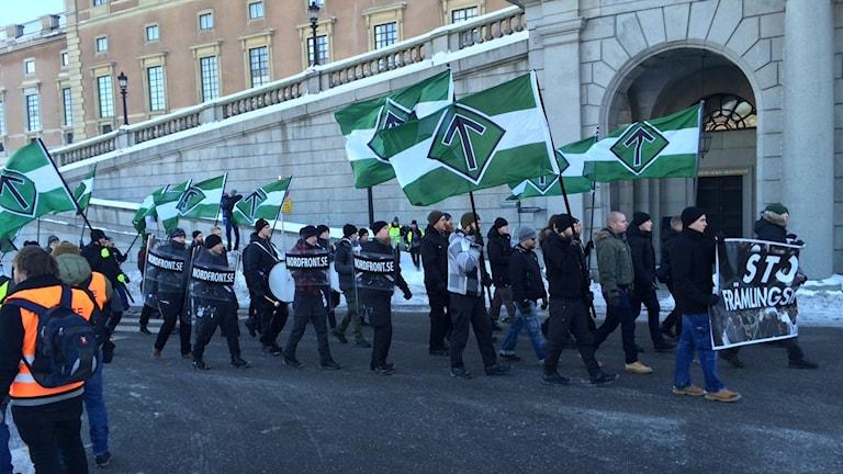den nazistiska organsinisattionen Nordiska motståndsrörelsen går mellan Kungsträdgården och Mynttorget.