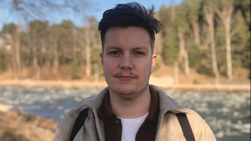 Oliver Stenvall är projektledare för projektet Eyes Wide Open på Juventas ungdomsjour i Södertälje.