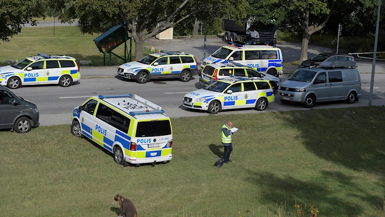 Flera patruller kallades till Östberga efter skottlarmet.