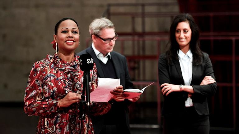 Kulturminister Alice Bah Khunke, Stockholms kulturborgarråd Roger Mogert och Unga Klaras vd Nisha Besara.