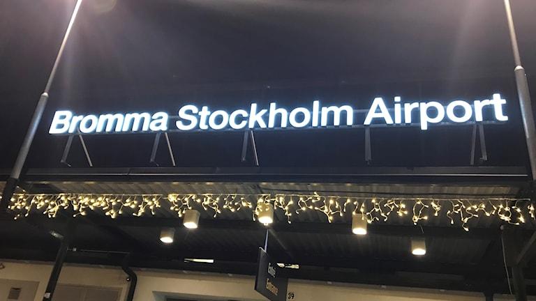 Allt färre reser från Bromma flygplats.